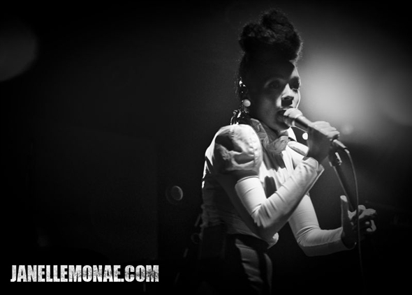 Janelle Monáe in action.